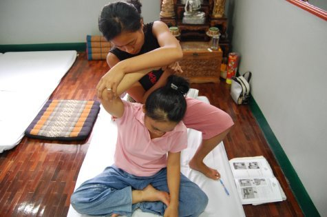 Chiang mai massage cooking thailand for Classic house chiang mai massage