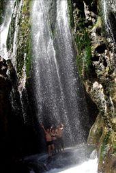 pod wodospadem: by africa2009, Views[327]