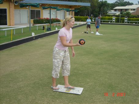 lawn bowls in qld Urangan bowls club is a not-for-profit organisation and as such we rely on support from our members, the local community and local businesses we are committed to meeting the needs of our.