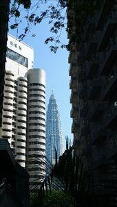 petronas towers: by d_o, Views[107]