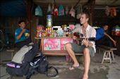 Wachten op de bus in Loa Binh: by daan, Views[217]