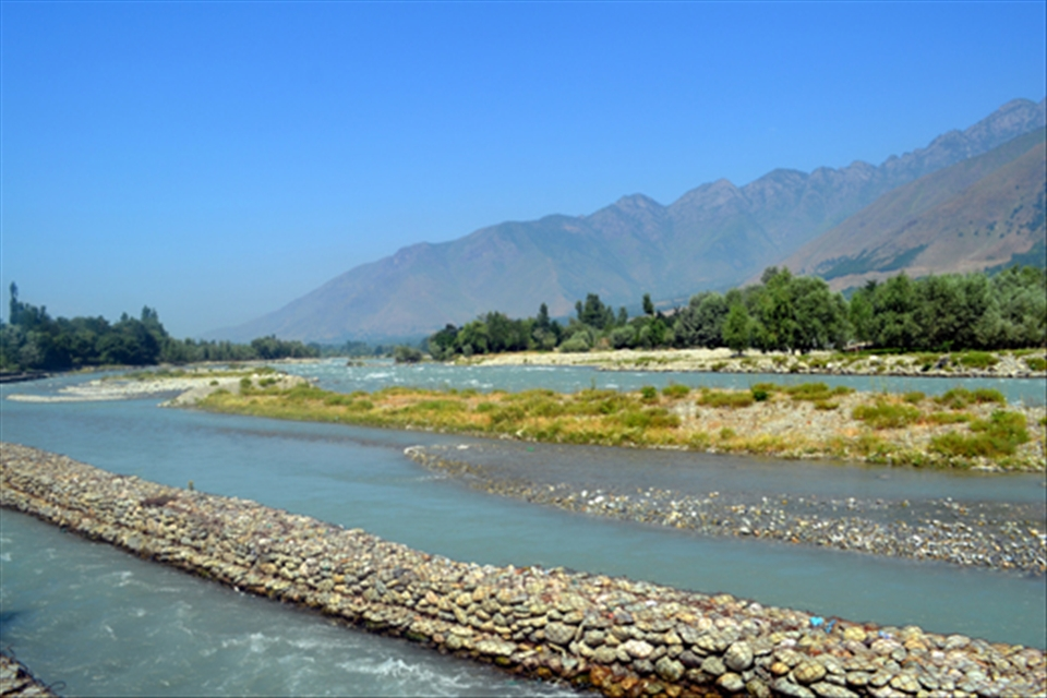 essay on benefit of rivers