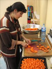 Laurina working away with the wonderful new Furi knives as we cook food for the 30 or so younger orphans.: by homeless_harry, Views[544]