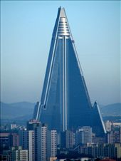 the giant rugen hotel in North Korea: by hstrutz24, Views[855]