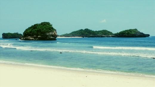 Pantai Peh Pulo, Blitar