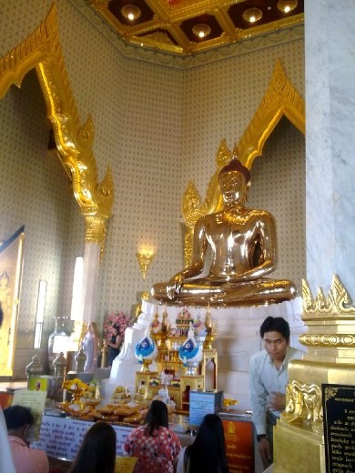 The Golden Buddha, Wat Traimi Temple