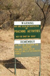Take note! Warning sign at entry to Matobos National Park: by kiwigypsy, Views[342]