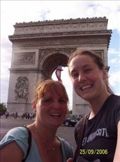Jas and i and the Arc de Triomphe in Paris: by mel, Views[127]