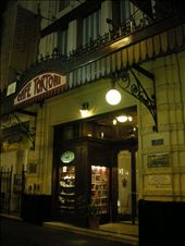 The tango show venue... 100 year old cafe (I don´t recommend the food): by netsy19, Views[219]
