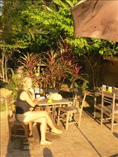having coffee on the banks of the Mae Ping river in Chiang Mai: by sarahandphil, Views[216]