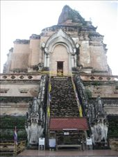 Ancient chedi at Wat Chedi Luang: by supergg, Views[62]