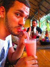 Mr. Bless, pink drinks and pinky finger!: by tiinakokki, Views[145]