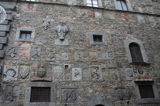 Coats of arms, Cortona