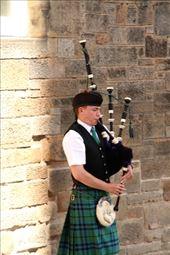 Edinburgh piper: by vagabondstoo, Views[12]