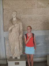 hilariously imitating ancient statues at the roman agora: by vivienne_and_iona, Views[249]
